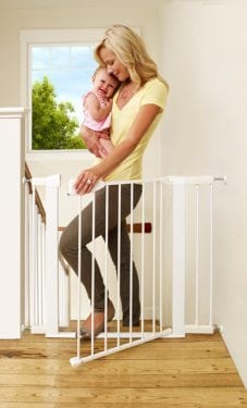 Safe Step Gate by Munchkin